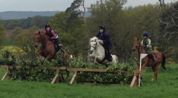 2014-04-27, Apley Park fun ride, VS&O jumping in triplets on Simon, Ben & Henry