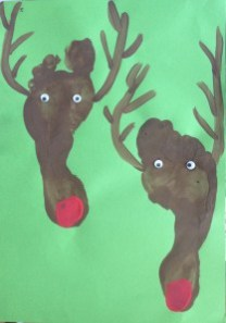 2014-11-06, Francis's feet, Christmas art competition