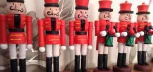 Red wooden soldiers 2