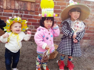2015-04-08,-Easter-bonnet-winners-(4)