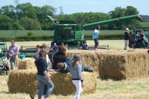 2015-06-07, OFS - bales & combine