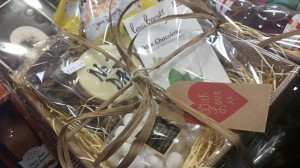 2015-06-17, AFS fathers day hampers