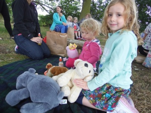 2015-07-22, Teddy bears' picnic (16)