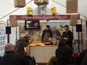 2015-11-28, Apley Christmas Food Fair hog roast