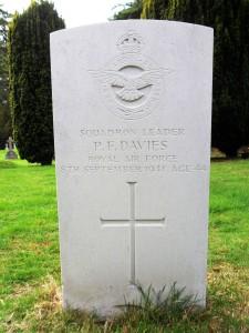 Philip Davies, , Graham Jones's photo