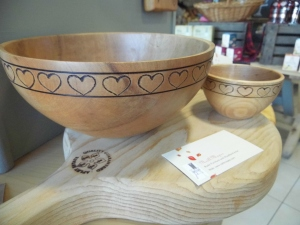 2016-01-20, Neill Mapes heart bowls, £16 or £40