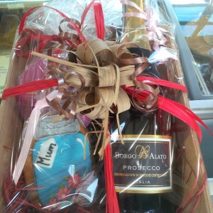 2016-03-03, Mothers' Day hampers (3)