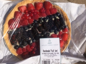 2016-07-17, Hamdmade fruit tart by Lisa, £6.50