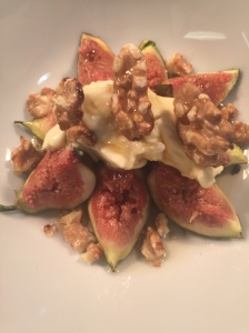 Grilled fresh figs with Apley honey, toasted walnuts & spiced mascarpone cheese