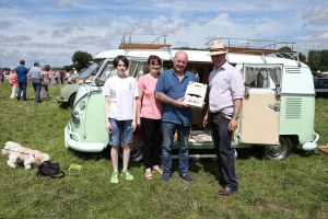 Winner Sean Thompson - VW Camper 1965 splitscreen