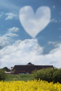 cloud-heart-valentines-day